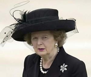 Противники Маргарет Тетчер вывели детскую песенку «Динь-дон! Ведьма умерла!» к вершинам хит-парадов.