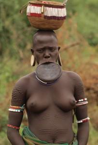 Обряд Смерти африканского племени мурси