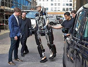 Биоробот Рекс стал первым в мире бионическим человеком