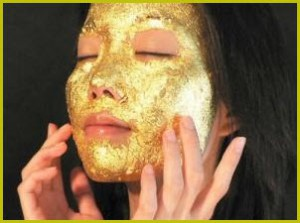 В салоне красоты Нью-Йорка появилась новая услуга - омоложение кожи с использованием помёта соловья