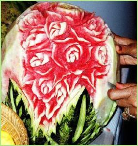 Художественная резьба по арбузу - карвинг.