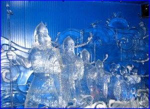 Ледяные скульптуры - настоящая сказка наяву! Красивые фото